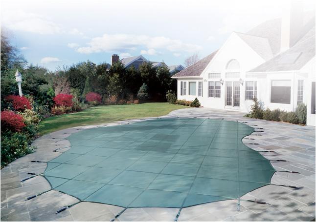 Le coperture di sicurezza per piscine ti donano - Costi manutenzione piscina ...